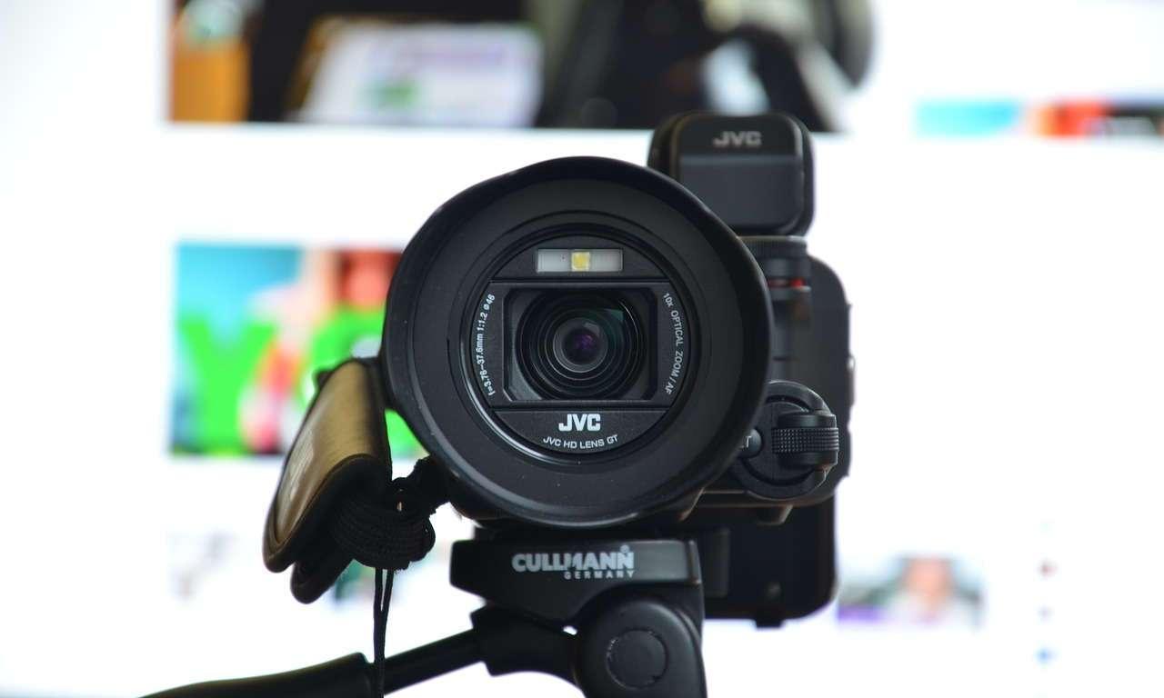 choosing video camera